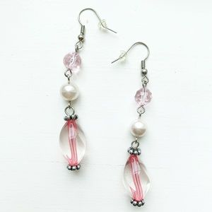 Chic pink bead & pearl dangly drop earrings